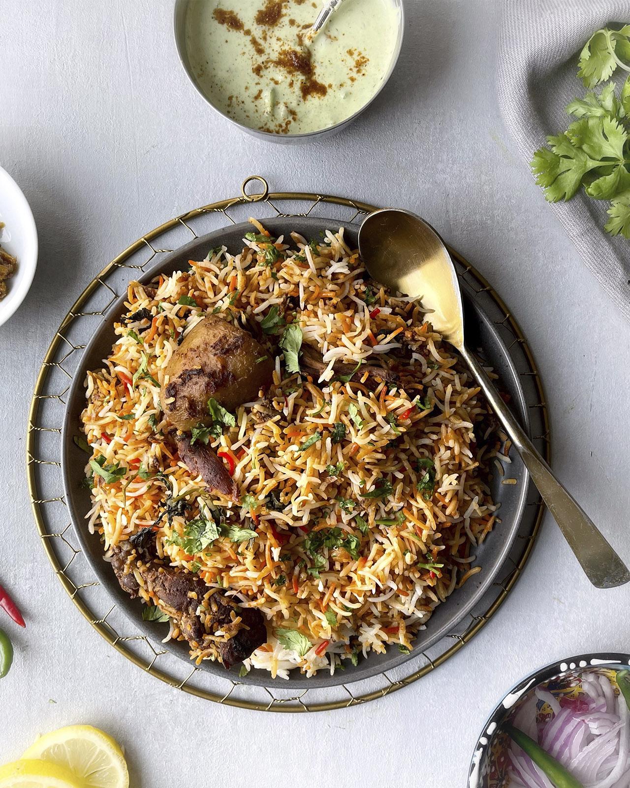Karachi Style Chicken Biryani